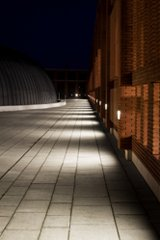 outdoor walkway lighting